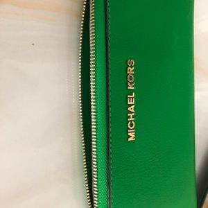 NEW Michael Kors  Continental Leather Wallet